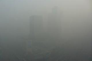 Heavy smog coats downtown Beijing. (Photo:Flickr)