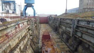 Dry Dock No 10 at Gremikha. (Photo: Andrei Zolotkov/Bellona)
