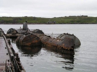 The K-159 at dock in Gremikha awaiting its final tow. (All photos of the K-159 are property of Bellona)