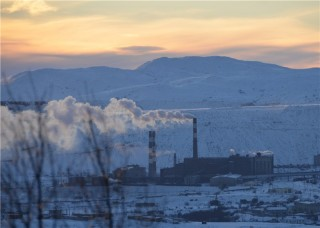 The Industrial town of Nikel. (Photo: Grigory Pasko)