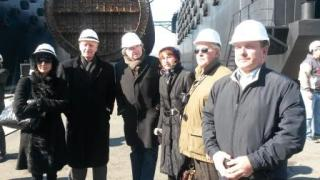Participants in Rosatom's Public Council tour of the Far East DalRAO facility. (Photo: Anna Kireeva/Bellona)